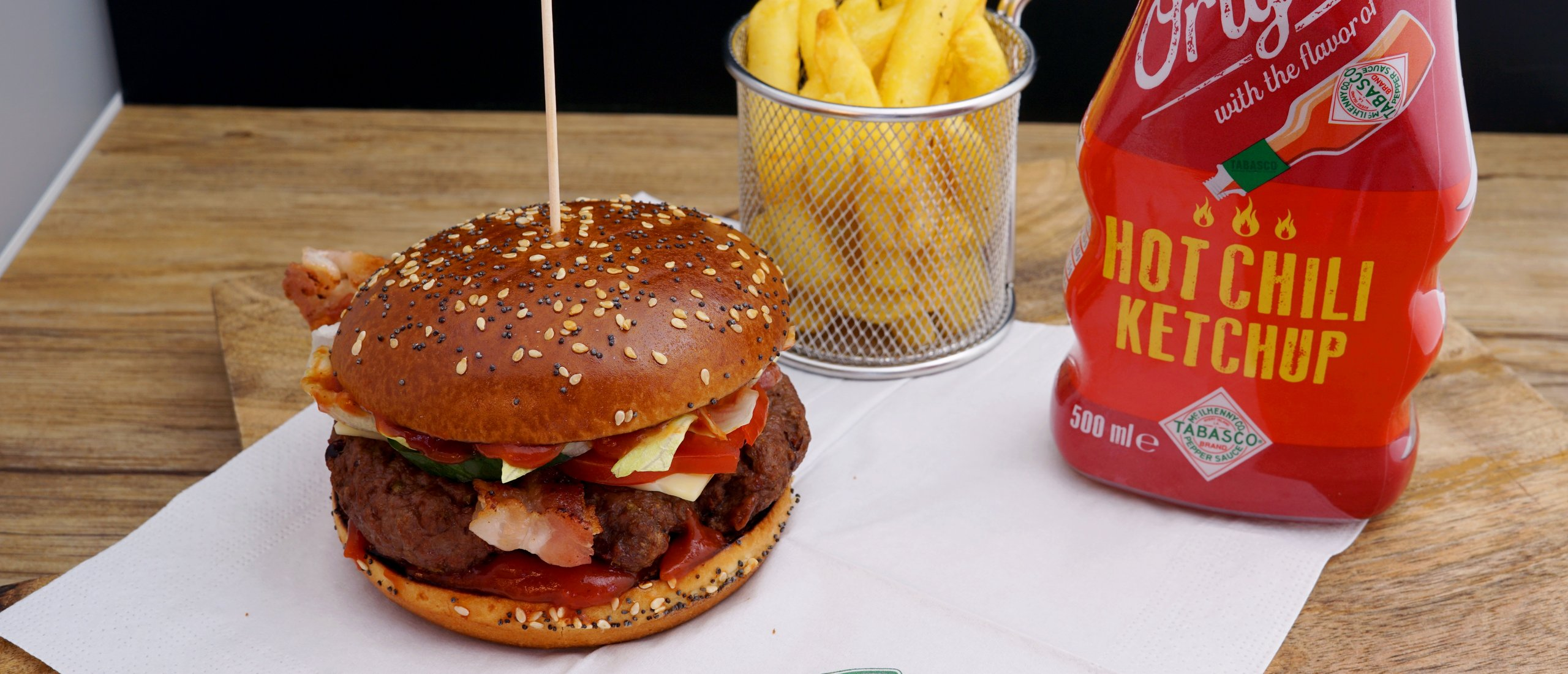 Rezept, Gericht von Develey: Big Spicy Burger mit Hot Chili Ketchup, Tabasco, scharf, hot, chili-sauce, our original,